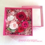ボックスフラワー ピンクのバラ 赤いバラ