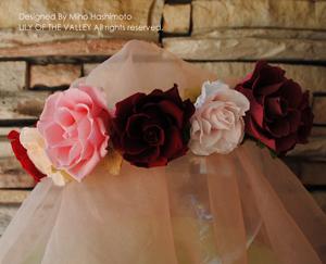 開花ローズの花冠