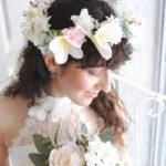 プルメリアとカスミソウの花冠