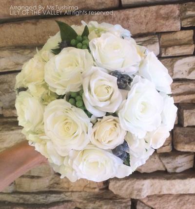 白いバラのブーケ 造花